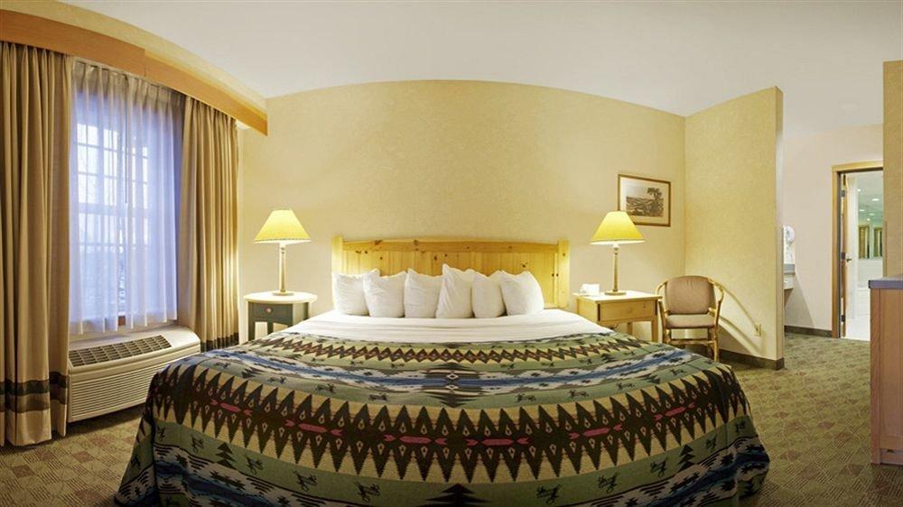 Bedroom Lodge property Suite scene double bed sheet