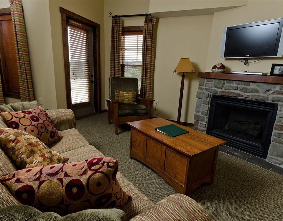 Lodge living room property home Suite condominium cottage hardwood Bedroom