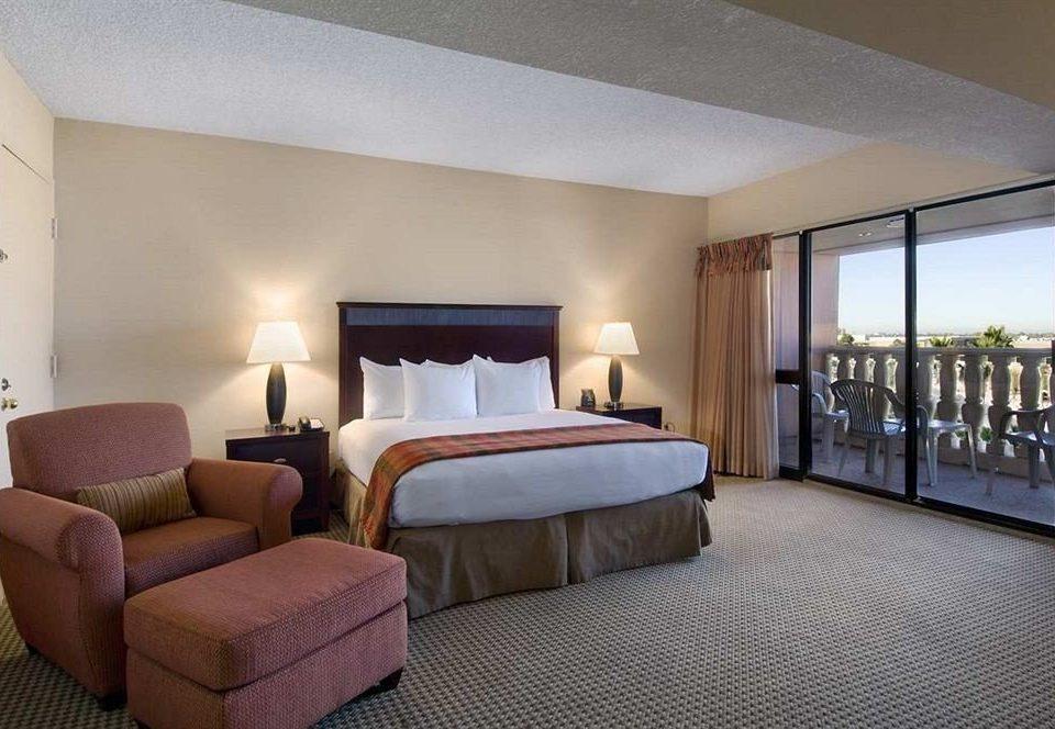 Bedroom Lounge Luxury Modern Suite property Villa living room condominium cottage