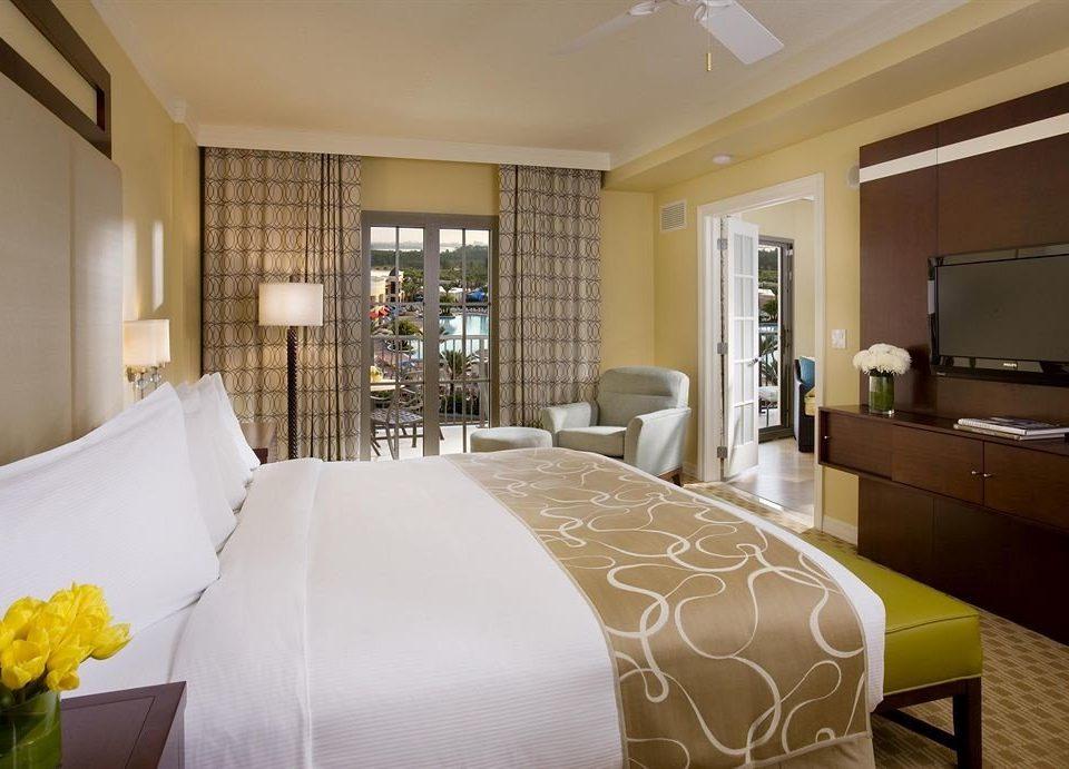 Bedroom Lounge Luxury Modern Suite property condominium cottage living room bed sheet