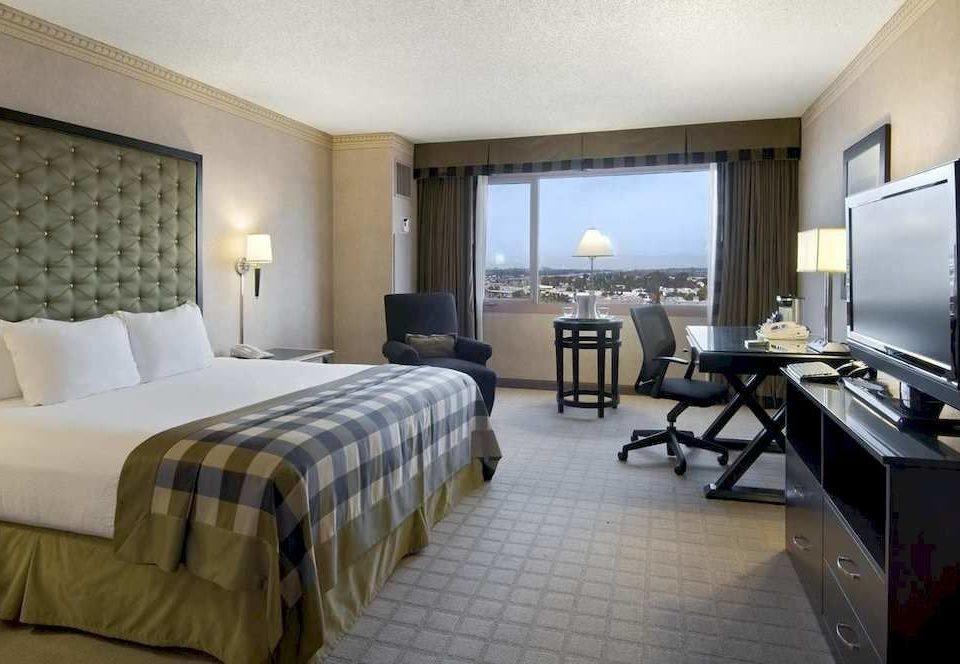 Bedroom Lounge Luxury Modern Suite property condominium Villa cottage