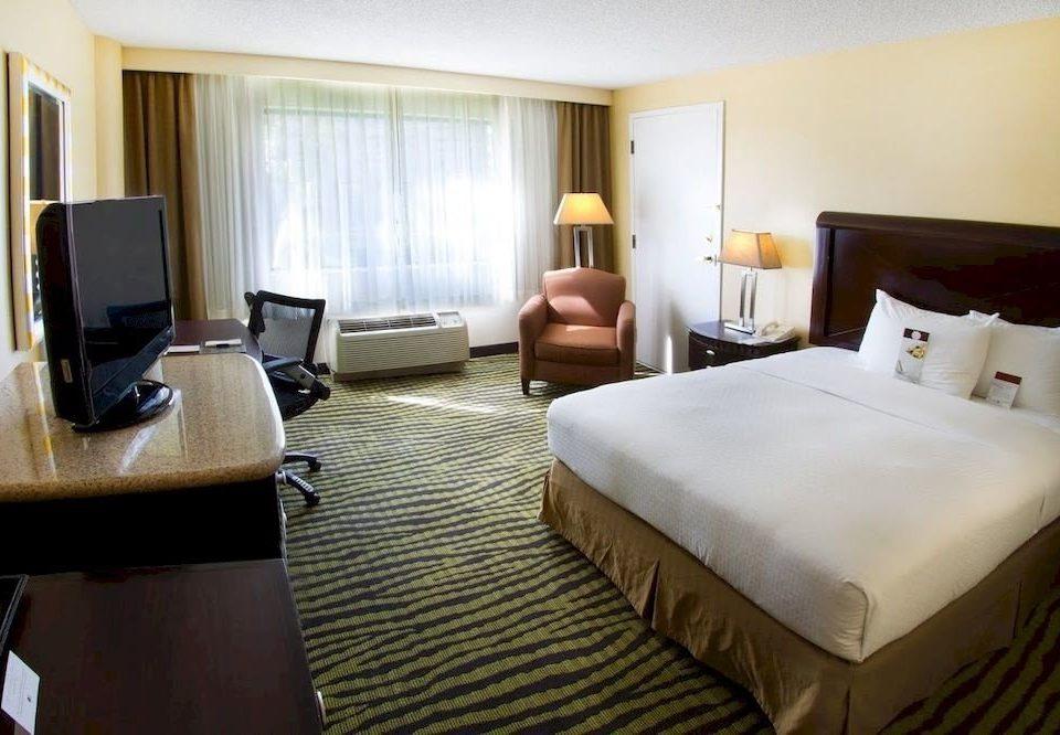 Bedroom Lounge Luxury Modern property Suite condominium cottage lamp
