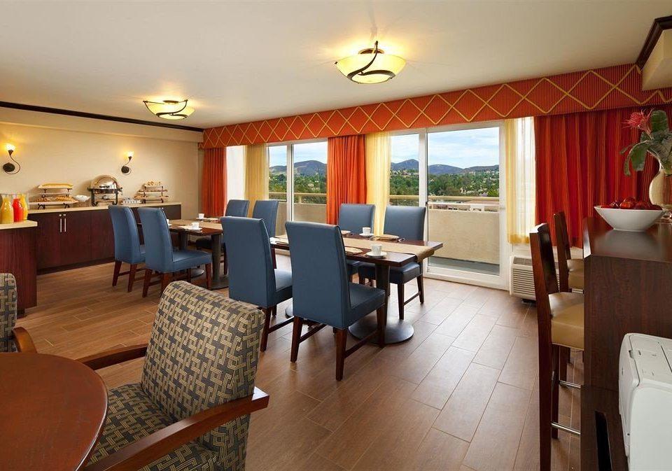 Lounge Luxury Modern property Suite Resort restaurant condominium living room Villa cottage Bedroom