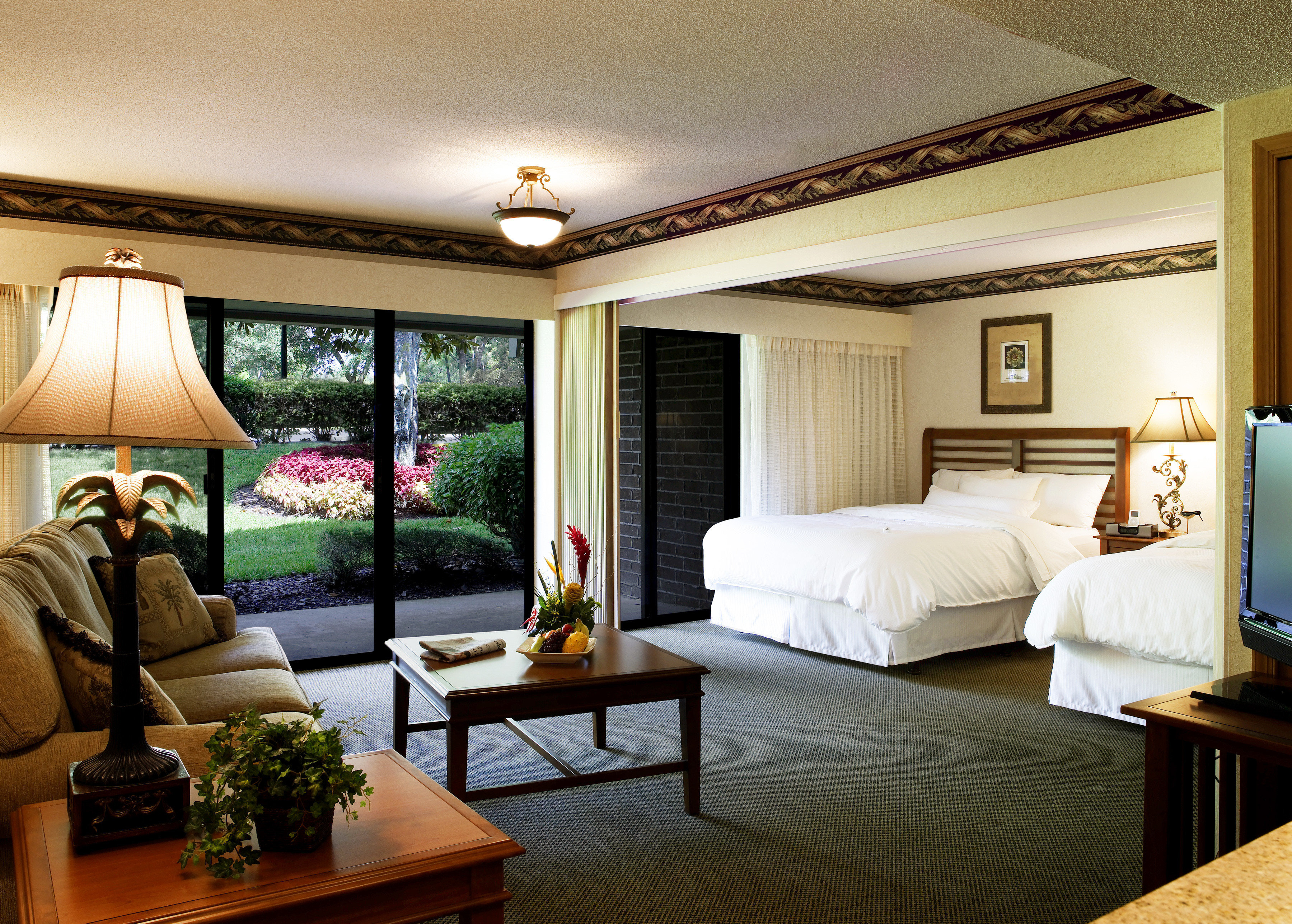 Bedroom Lounge Luxury Modern Suite sofa property living room home condominium Villa mansion nice Resort cottage lamp