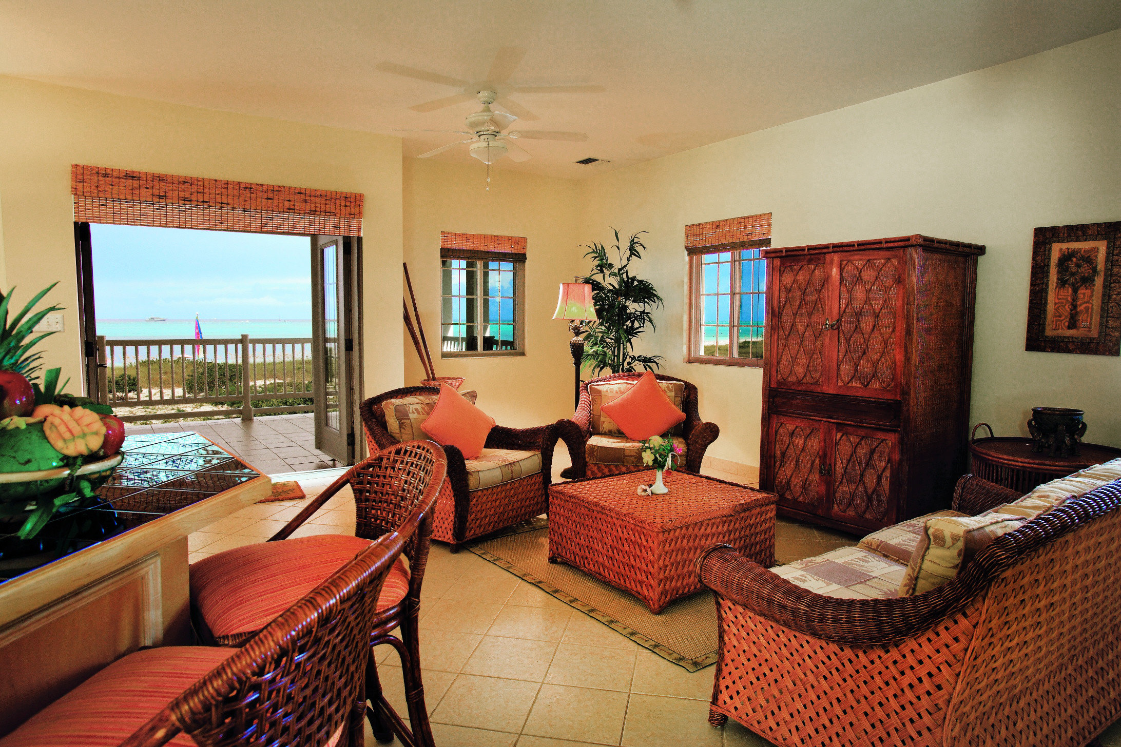 Lounge Luxury Romantic Scenic views property living room home Villa red Suite cottage condominium Resort Bedroom
