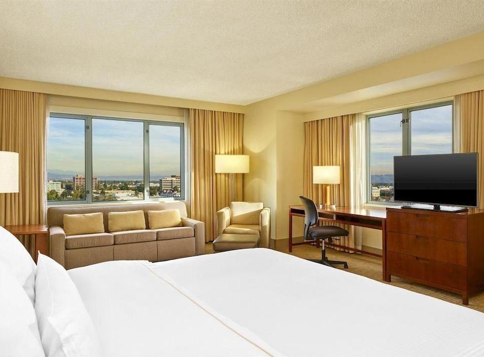 Bedroom Lounge Luxury Suite property condominium home cottage living room