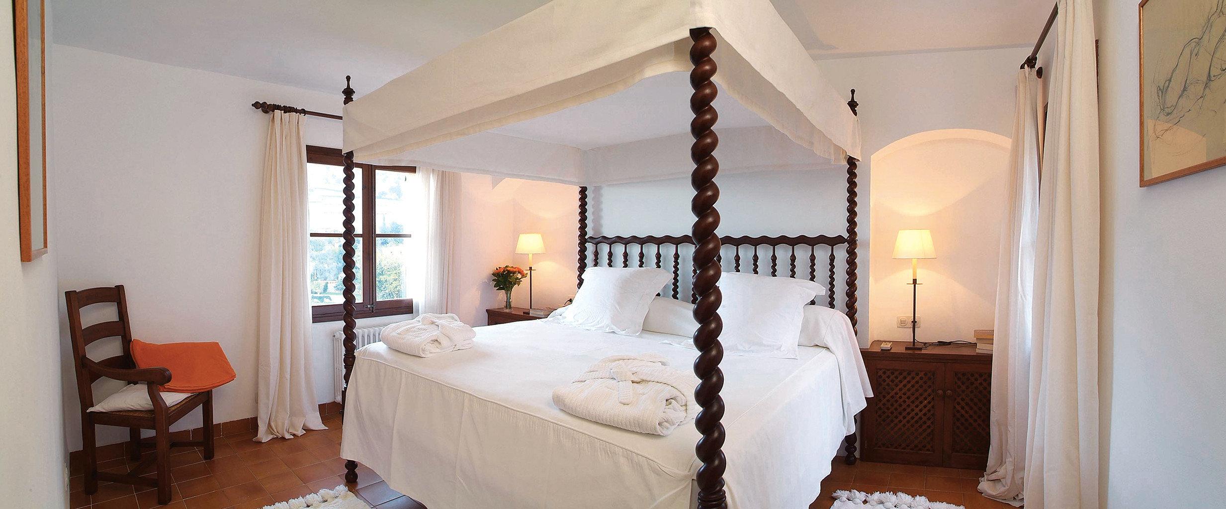 Bedroom Lounge Luxury Suite property cottage Villa home farmhouse