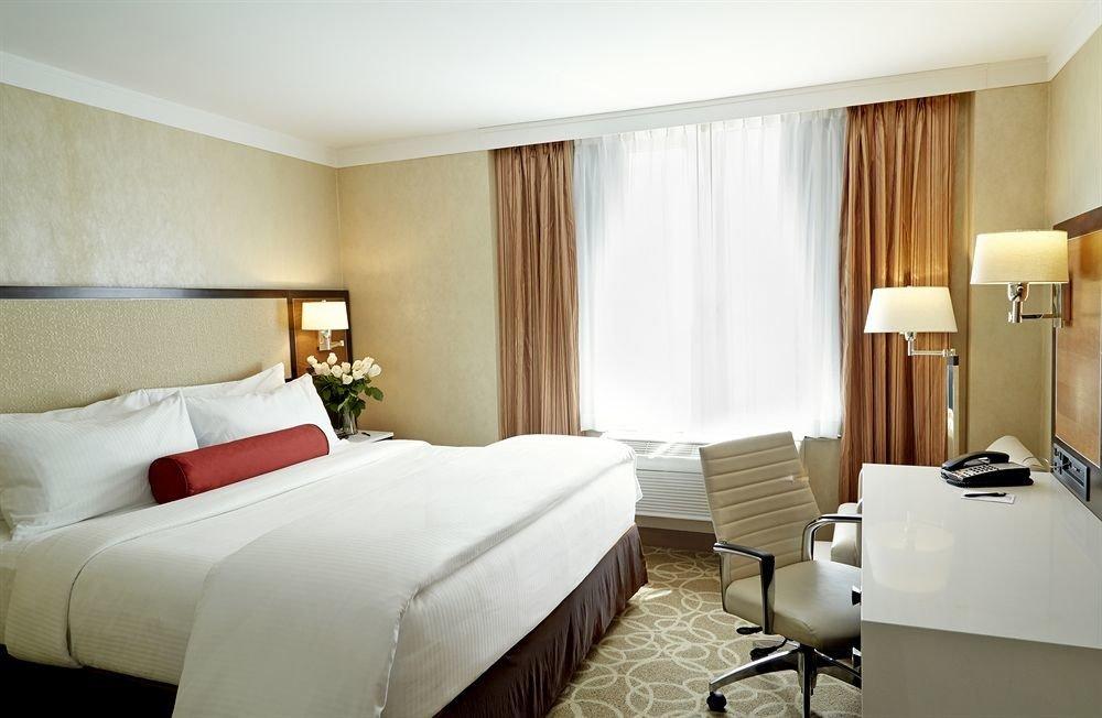 Bedroom Lounge Luxury Suite sofa property curtain condominium
