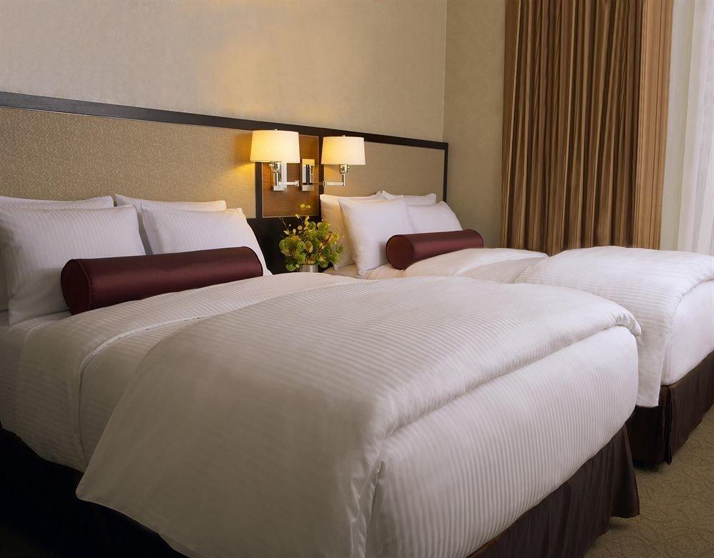 Bedroom Lounge Luxury Suite sofa property bed sheet bed frame night duvet cover cottage lamp