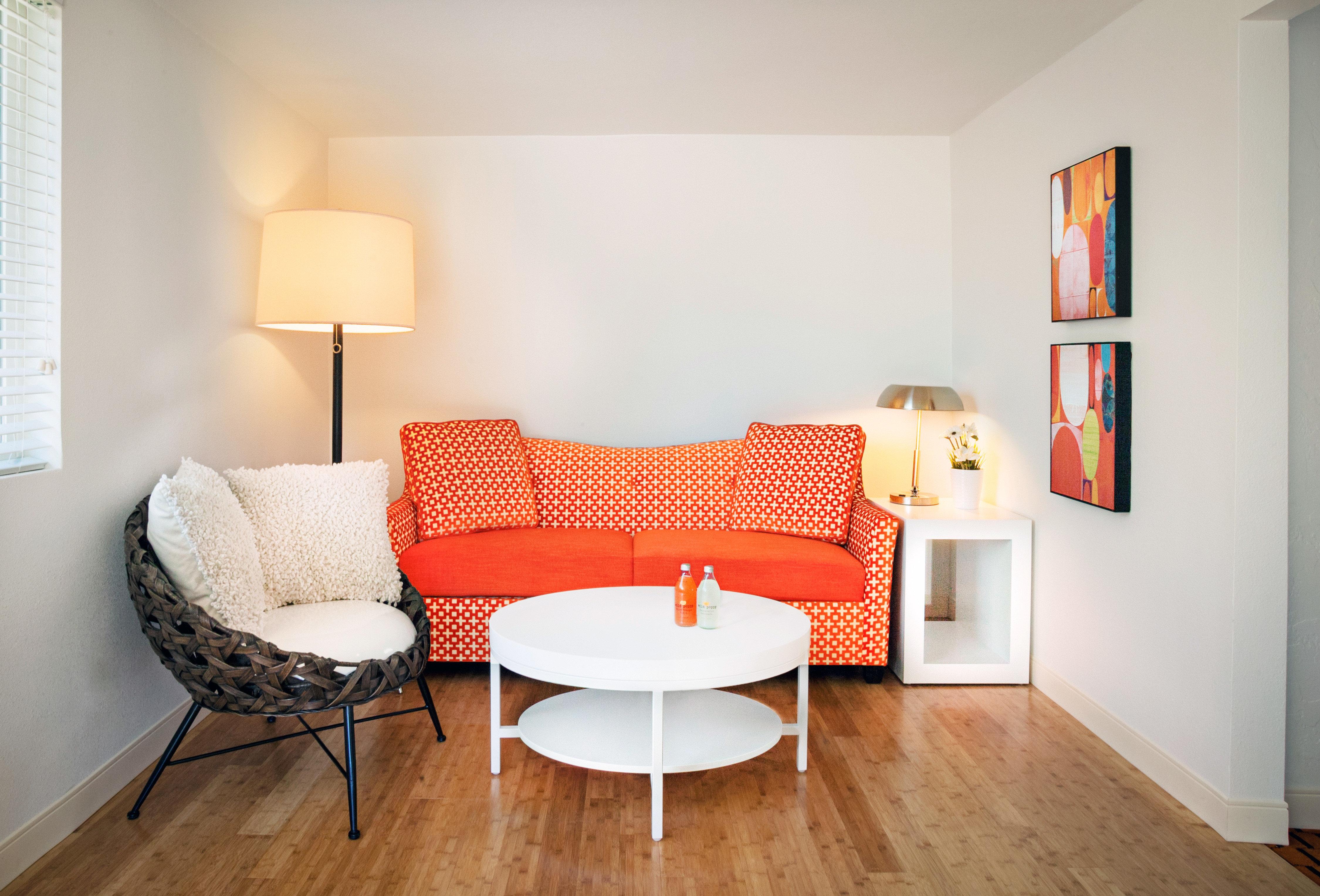 Lounge Modern property living room home Bedroom hardwood cottage hard flat lamp