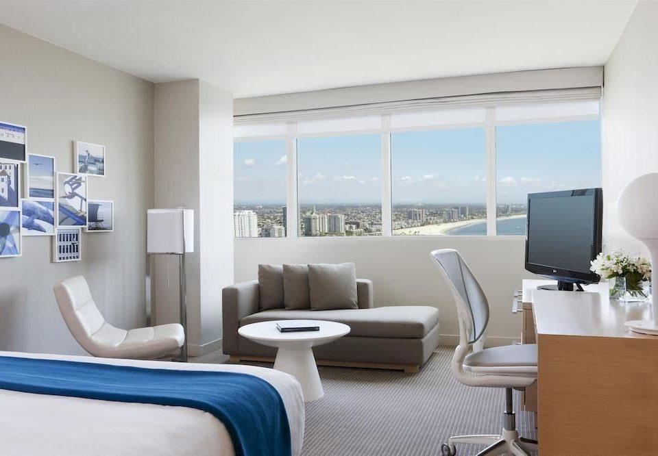 Bedroom Lounge Scenic views Suite living room property condominium home Modern