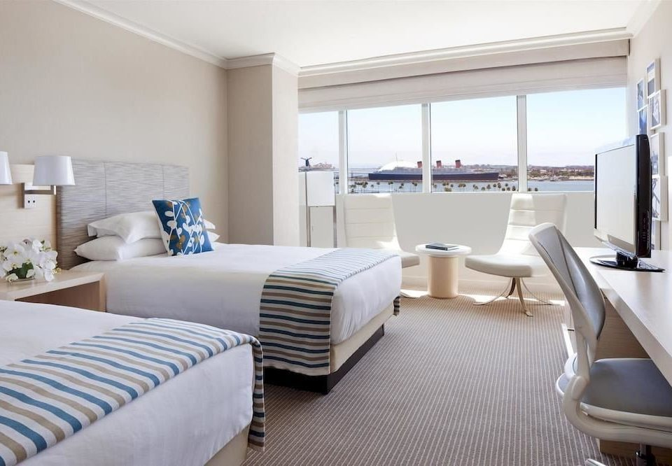 Bedroom Lounge Scenic views Suite property condominium living room white cottage Modern