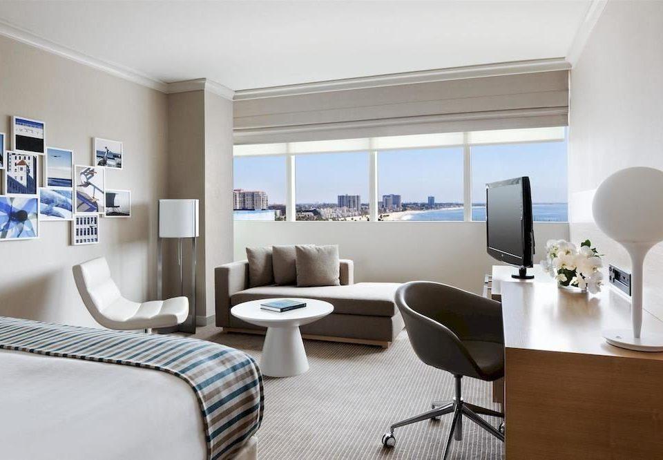 Bedroom Lounge Scenic views Suite property condominium living room home Modern