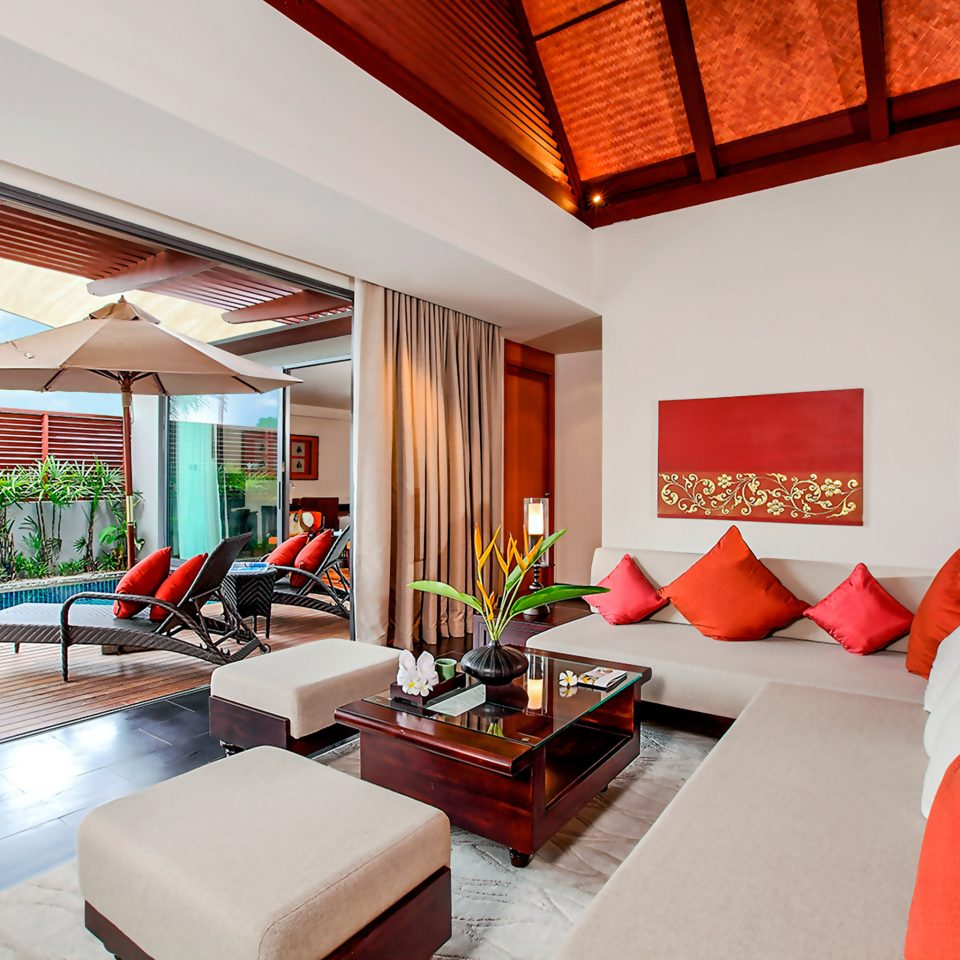 Bedroom Lounge Patio Scenic views Suite Villa property living room house home condominium Resort cottage