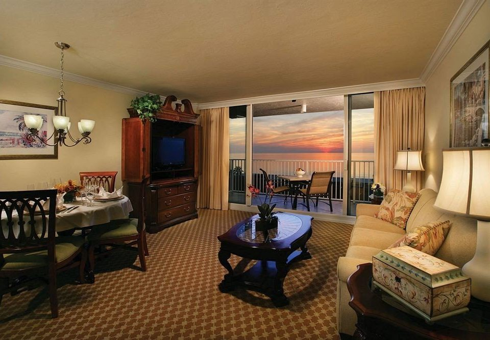 Bedroom Lounge Suite Sunset sofa property living room condominium home Villa cottage Resort mansion recreation room