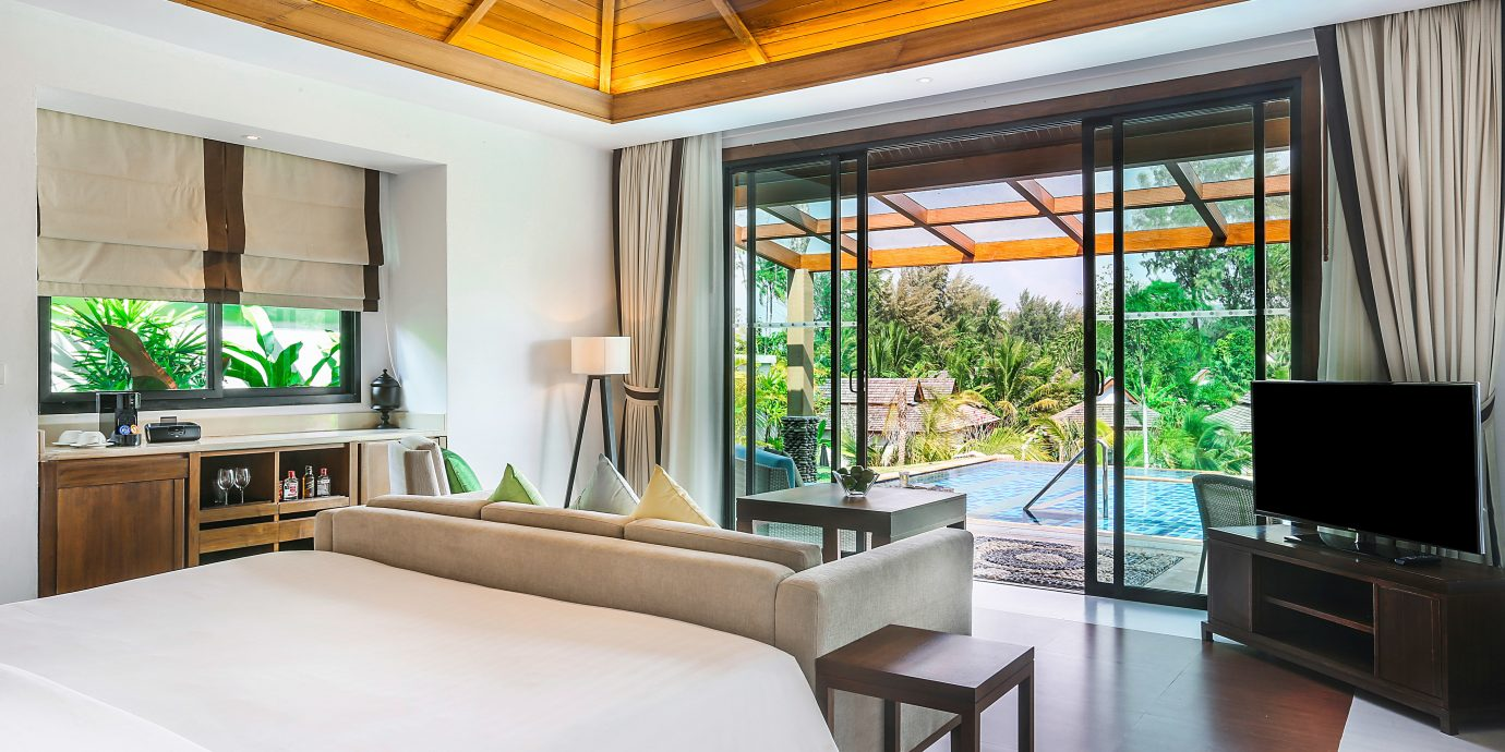 Bedroom Luxury Modern Patio Resort property living room condominium home Villa cottage Suite mansion