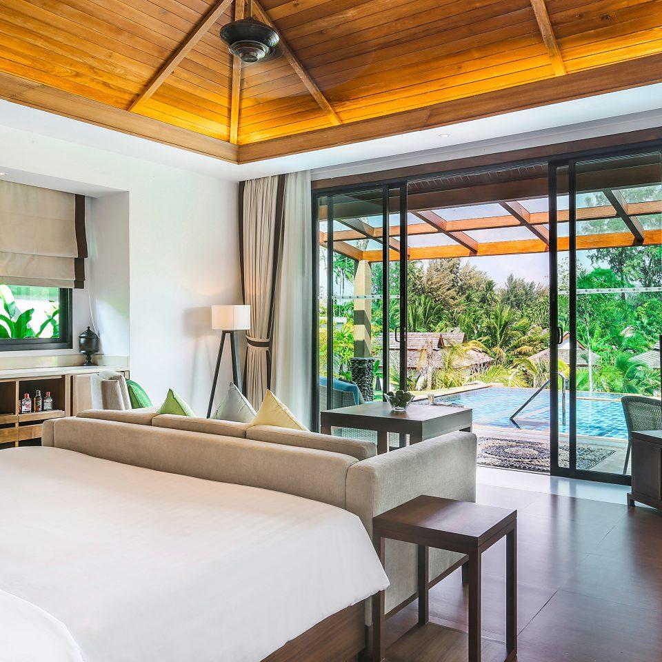 Bedroom Luxury Modern Patio Resort property living room condominium home Villa cottage Suite mansion