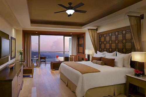 Bedroom Luxury Modern Patio Romantic Scenic views Suite property Resort living room cottage Villa home condominium