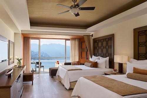 Bedroom Luxury Modern Patio Romantic Scenic views Suite property living room Villa Resort condominium nice cottage