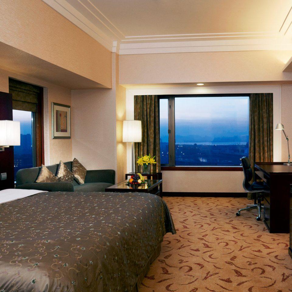 Bedroom Luxury Modern Scenic views Suite property condominium Resort living room Villa flat
