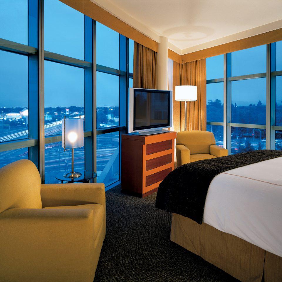 Bedroom Luxury Modern Suite property home condominium living room Resort overlooking