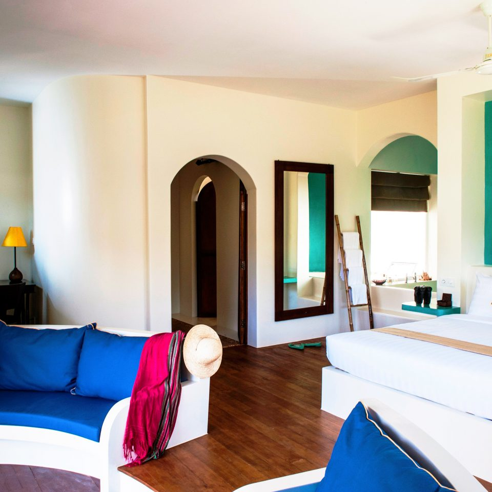 Bedroom Luxury Modern Resort property Suite living room home cottage Villa flat