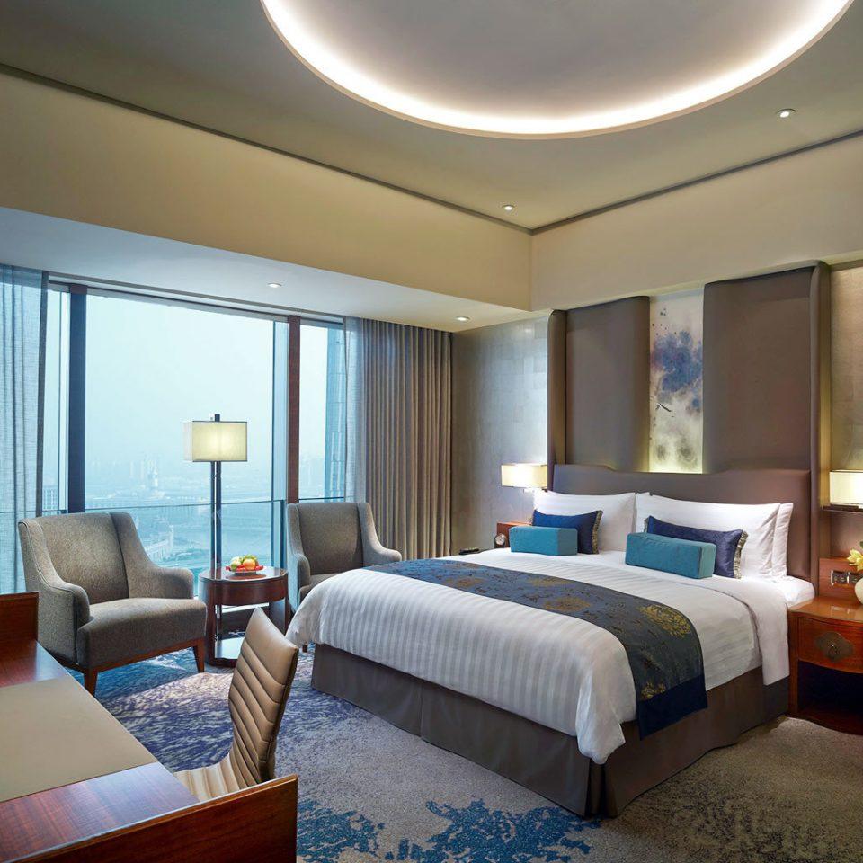Bedroom Luxury Modern Scenic views Suite property Resort Villa condominium cottage