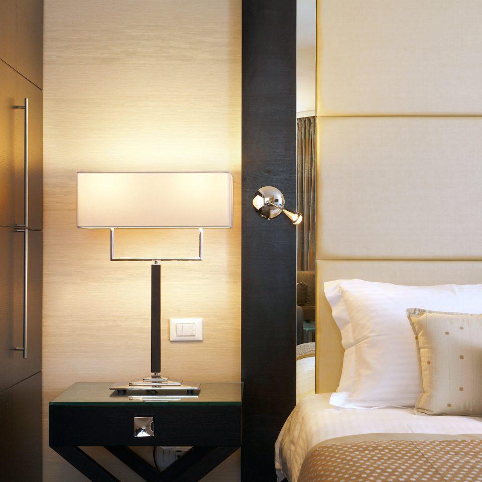 Bedroom Luxury Modern Romance Romantic property Suite lighting