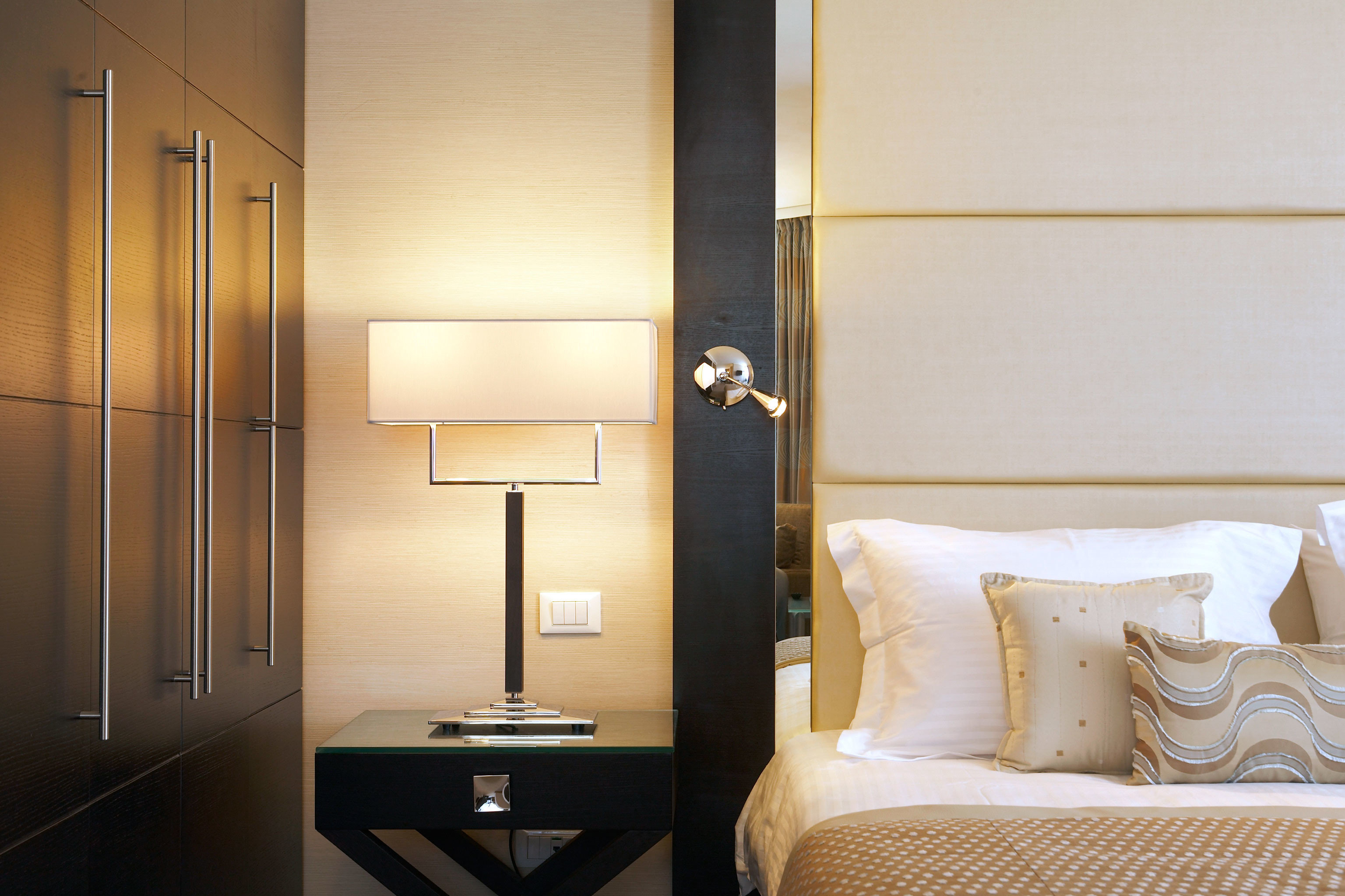 Bedroom Luxury Modern Romance Romantic property Suite lighting