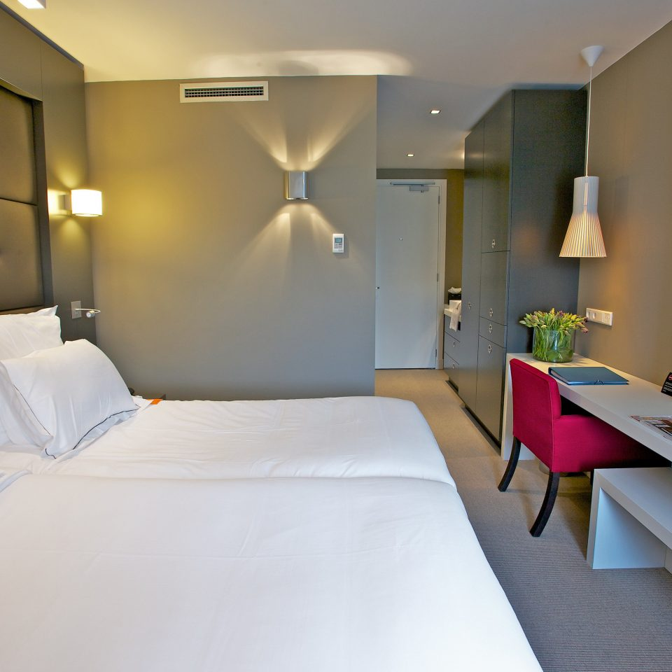 Bedroom Luxury Modern Romantic Suite property living room