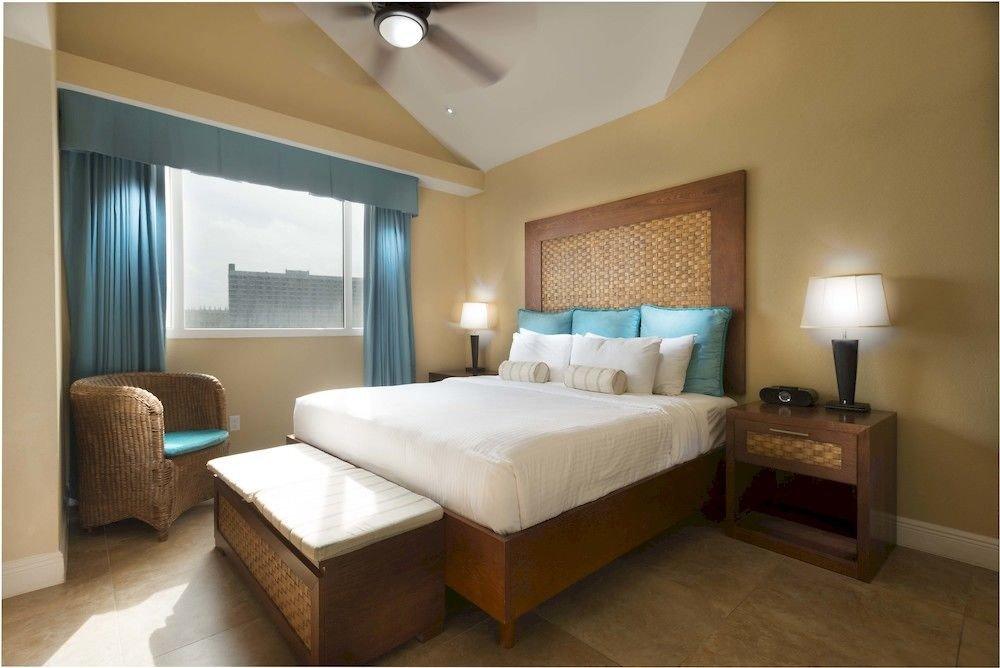 Luxury Modern Scenic views Suite Bedroom property condominium cottage living room Villa tan