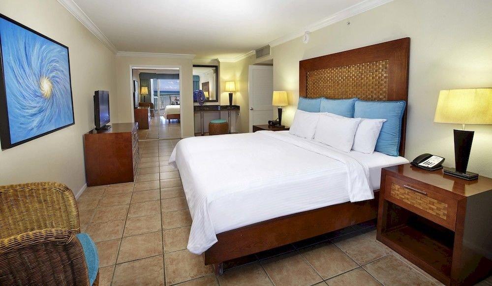 Luxury Modern Scenic views Suite property Bedroom cottage Villa