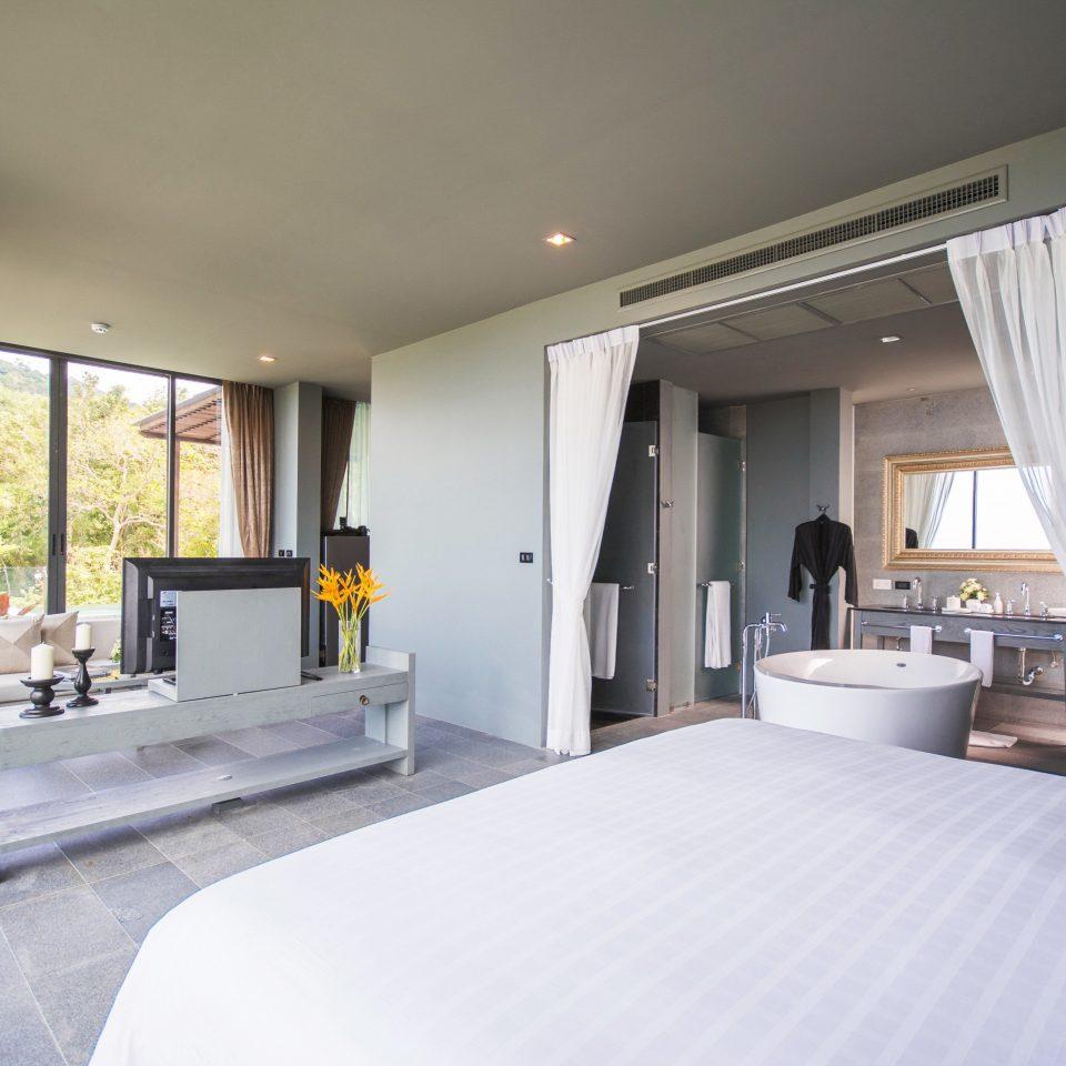 Bedroom Luxury Modern Scenic views Suite property condominium white Villa living room home pillow cottage