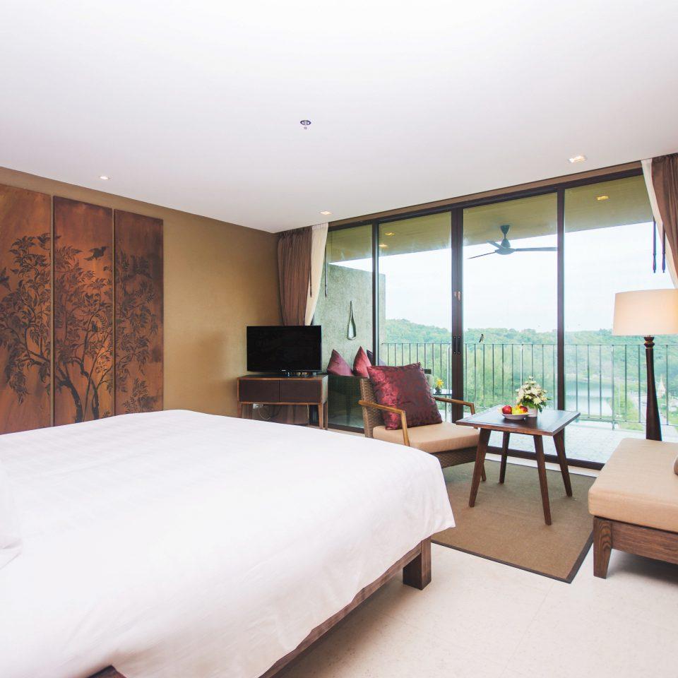 Bedroom Luxury Modern Scenic views Suite property condominium Villa living room cottage