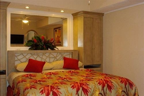 Bedroom Luxury Modern Suite Tropical sofa property cottage