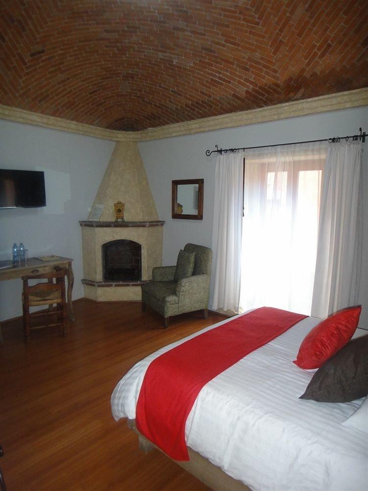 Bedroom Luxury Modern Suite property red cottage hardwood Villa