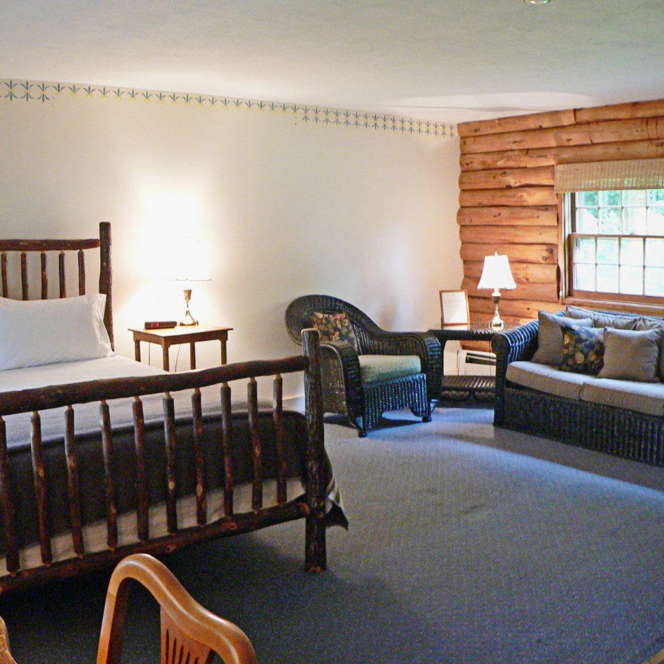 Bedroom Luxury Modern Suite property chair home cottage living room hardwood Villa condominium