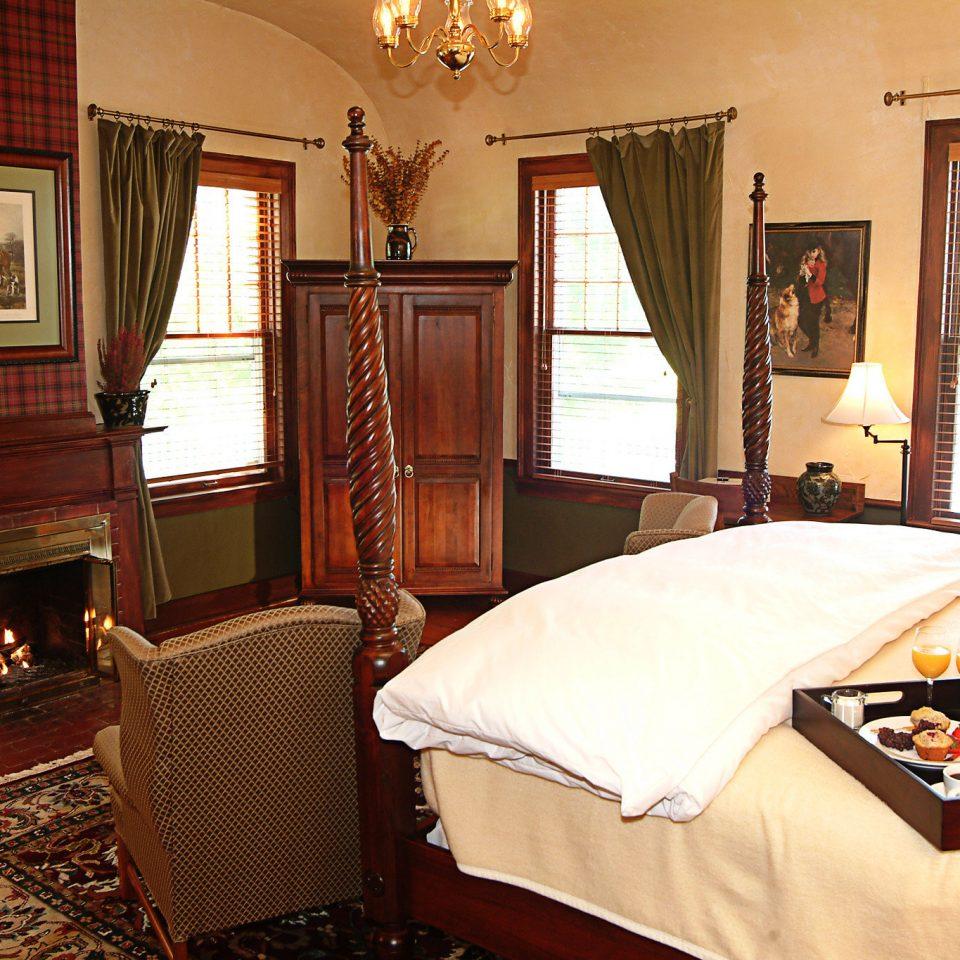 Bedroom Luxury Modern Suite property cottage home farmhouse Villa