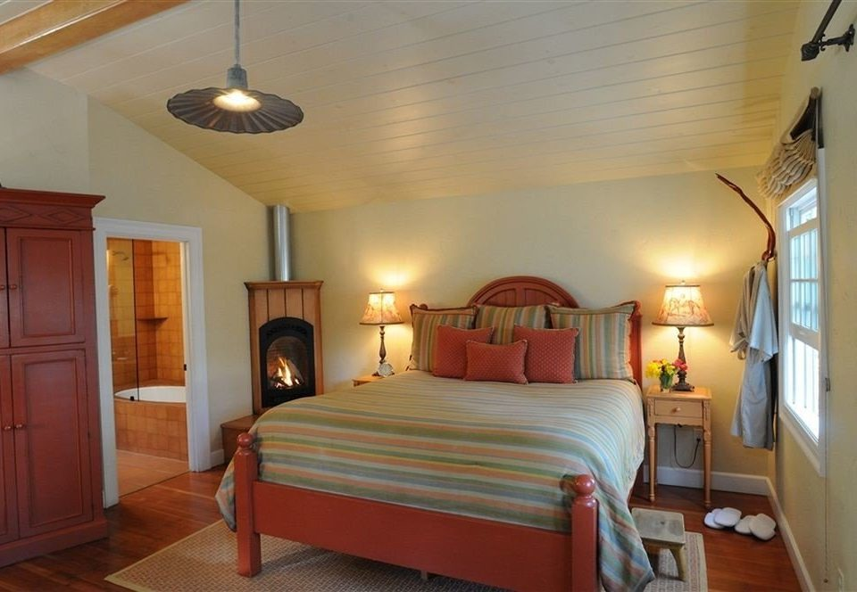 Bedroom Luxury Modern Suite property cottage Villa
