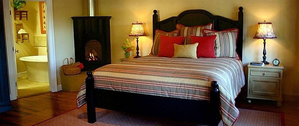 Bedroom Luxury Modern Suite property cottage bed sheet bed frame