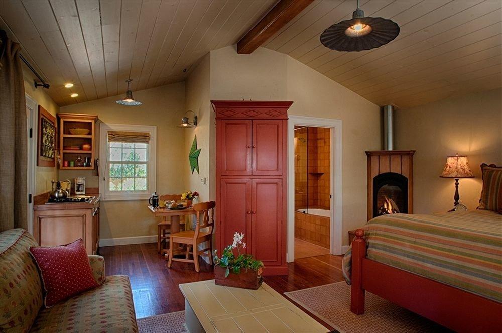 Bedroom Luxury Modern Suite property home living room hardwood cottage