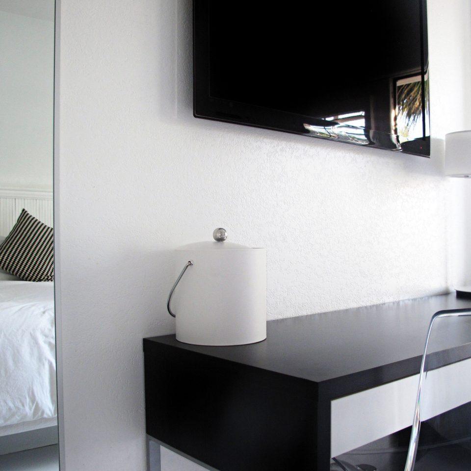 Bedroom Luxury Modern Suite white lighting living room hearth shelf