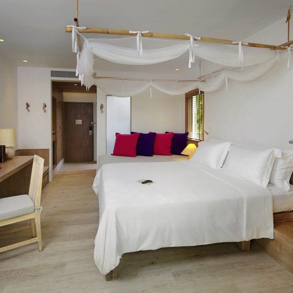 Bedroom Luxury Modern Suite property cottage Villa living room