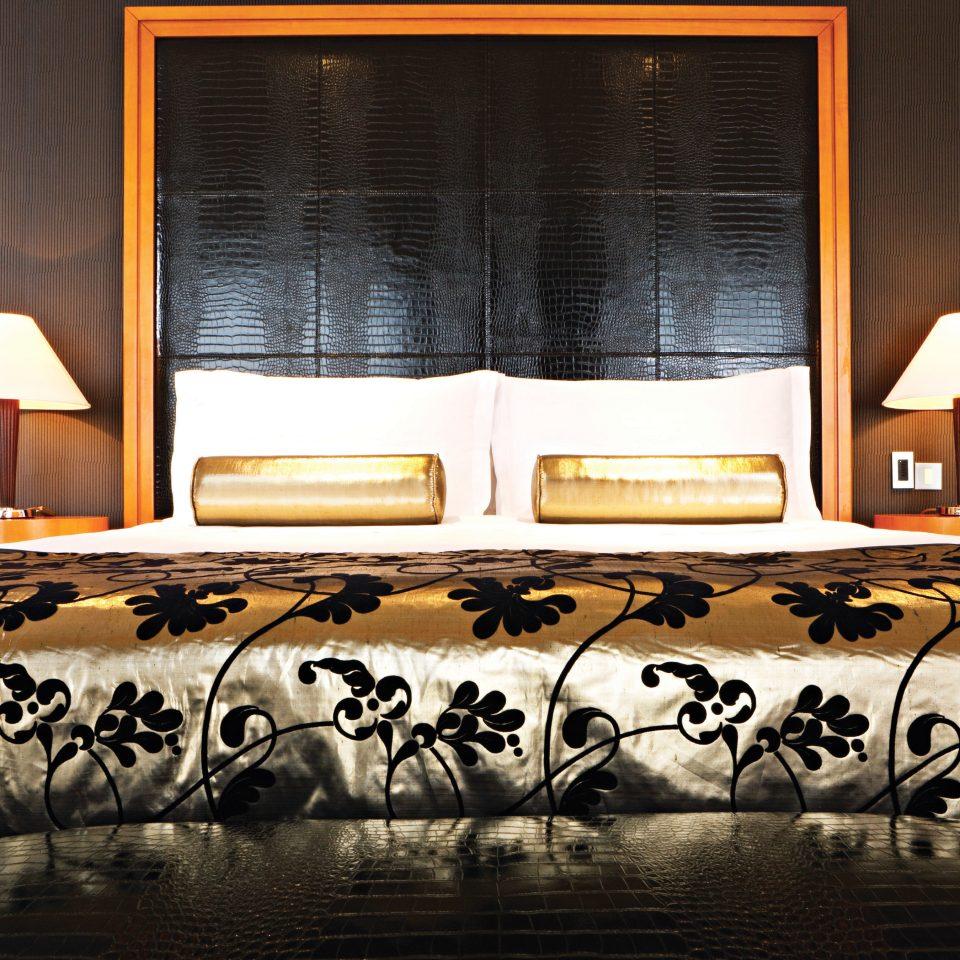 Bedroom Luxury Modern Suite art stage modern art