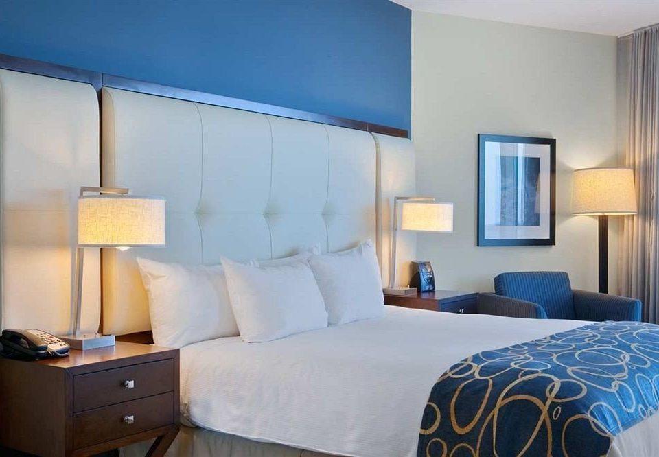 Bedroom Luxury Modern Suite property living room cottage bed sheet