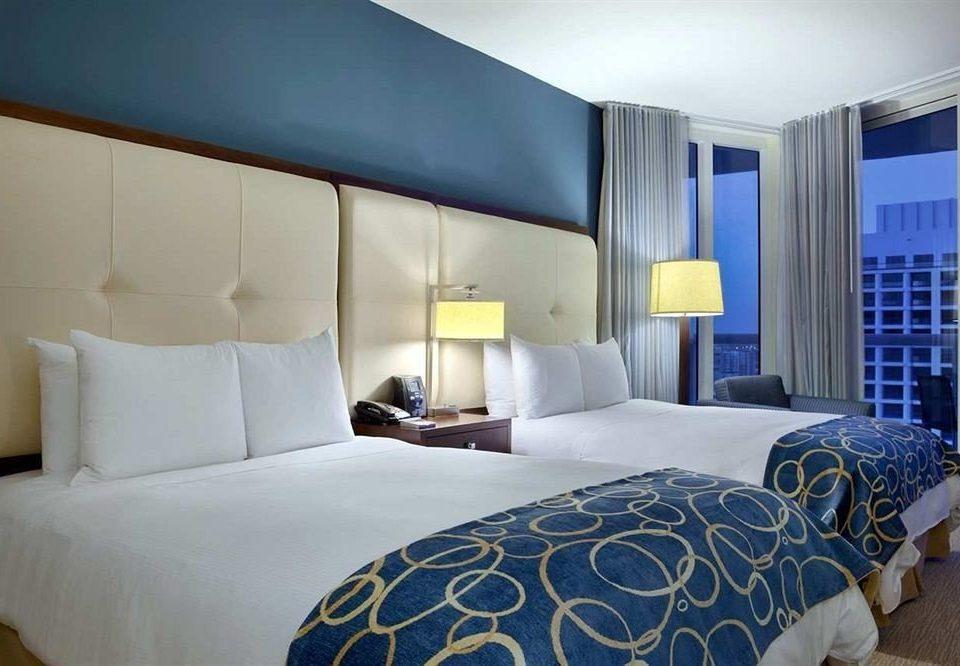 Bedroom Luxury Modern Suite property bed sheet living room lamp