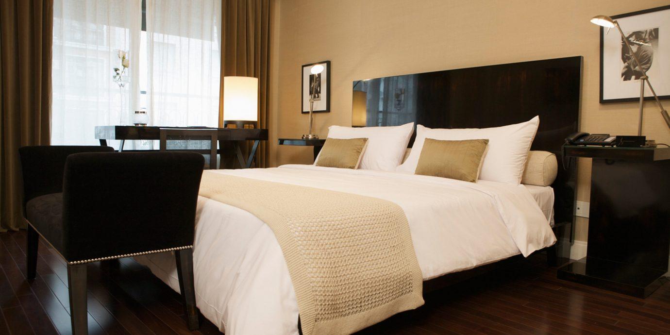 Bedroom Luxury Modern Suite property hardwood cottage living room wood flooring
