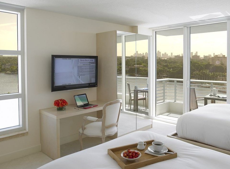 Bedroom Luxury Modern Suite property living room condominium home cottage