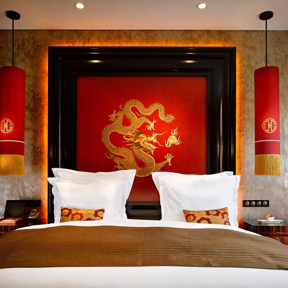 Bedroom Luxury Modern Suite red modern art