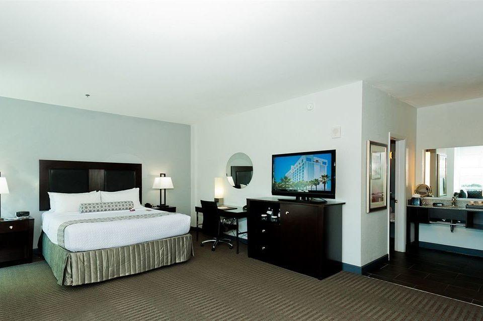 Bedroom Luxury Modern Suite property condominium Villa living room cottage flat